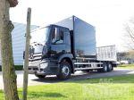 901999 vrachtwagenopbouw open laadbak met compartiment en hydraulisch oprijramp
